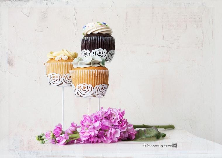 04-27-17 Cupcakes-49_Logo